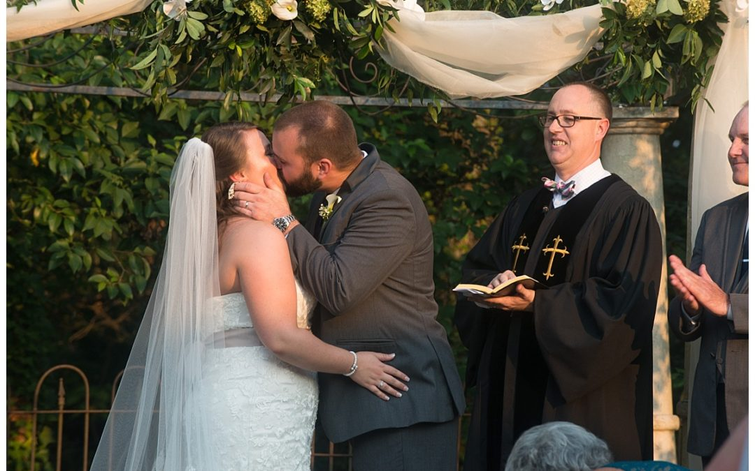 Vendor Spotlight- Kevin Roberts with VOW Wedding Officiant