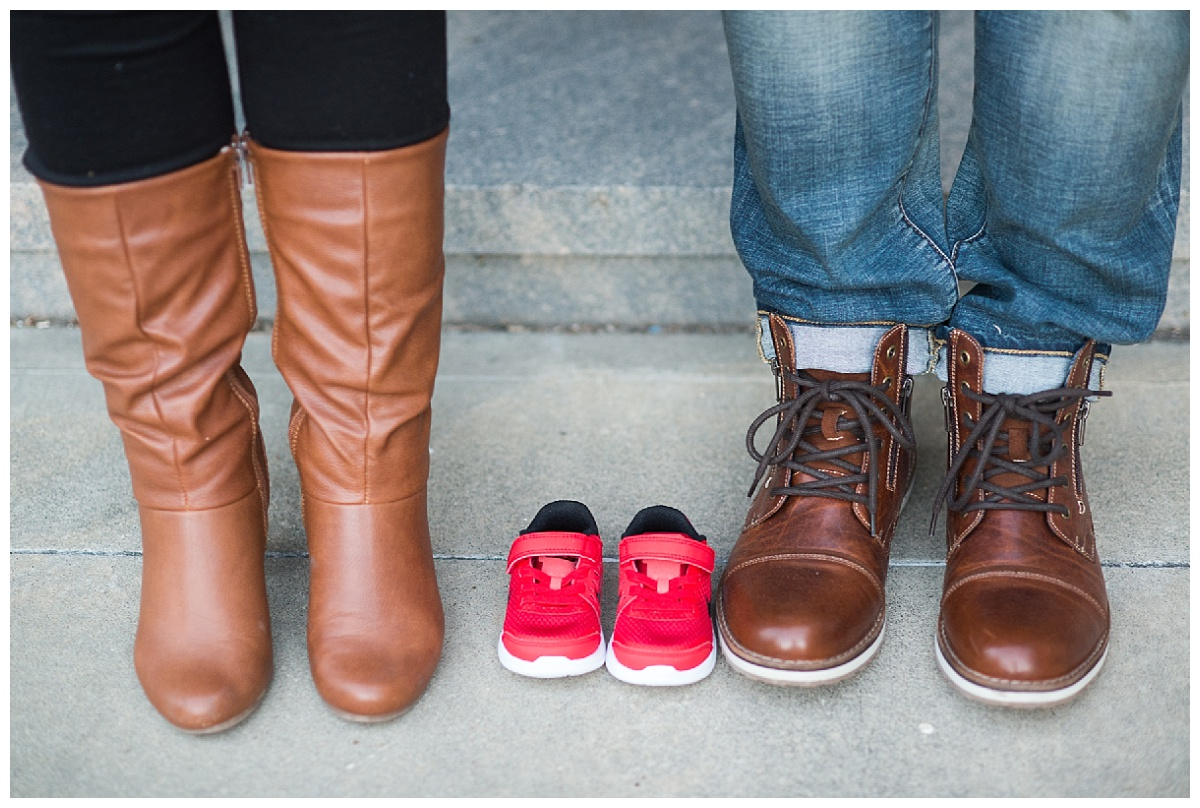 maternity portrait shoes
