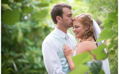 Stacey & Ryan – Riverbanks Zoo Ndoki Lodge Wedding