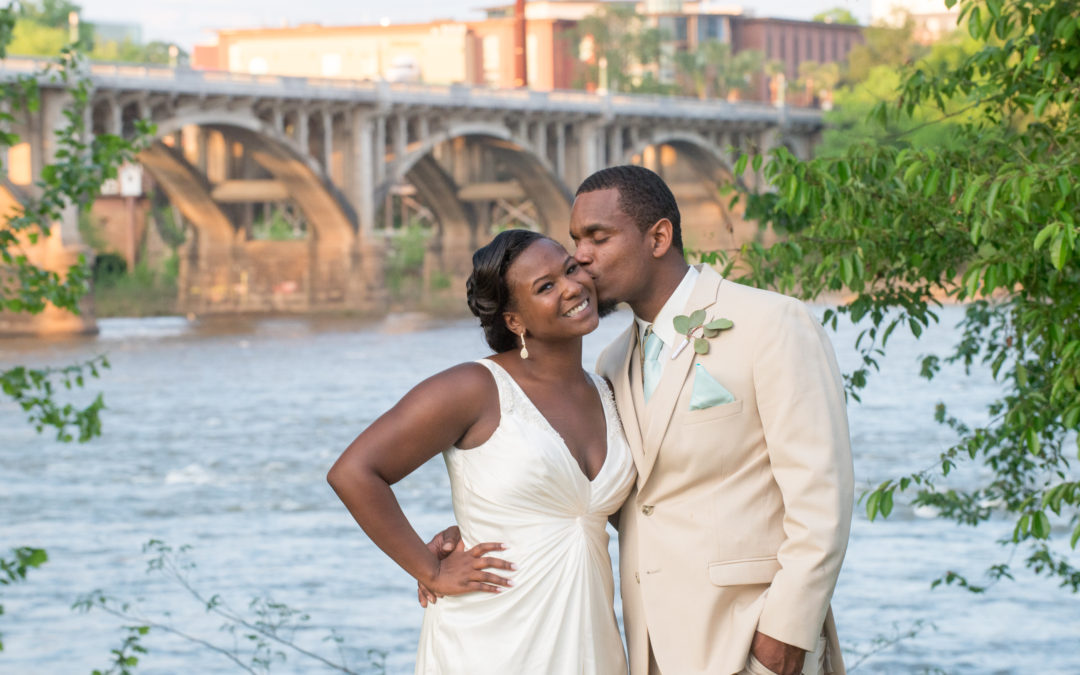 LaTavia & Hudie – Stone River Wedding